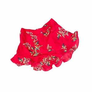 🆕NWT High Waisted Ruffle Trim Red Floral Shorts